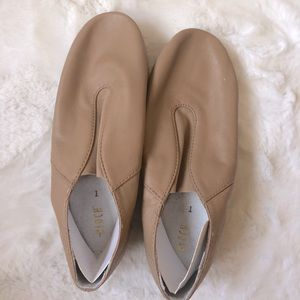 NWT BLOCH Leather Dance Shoes size 1